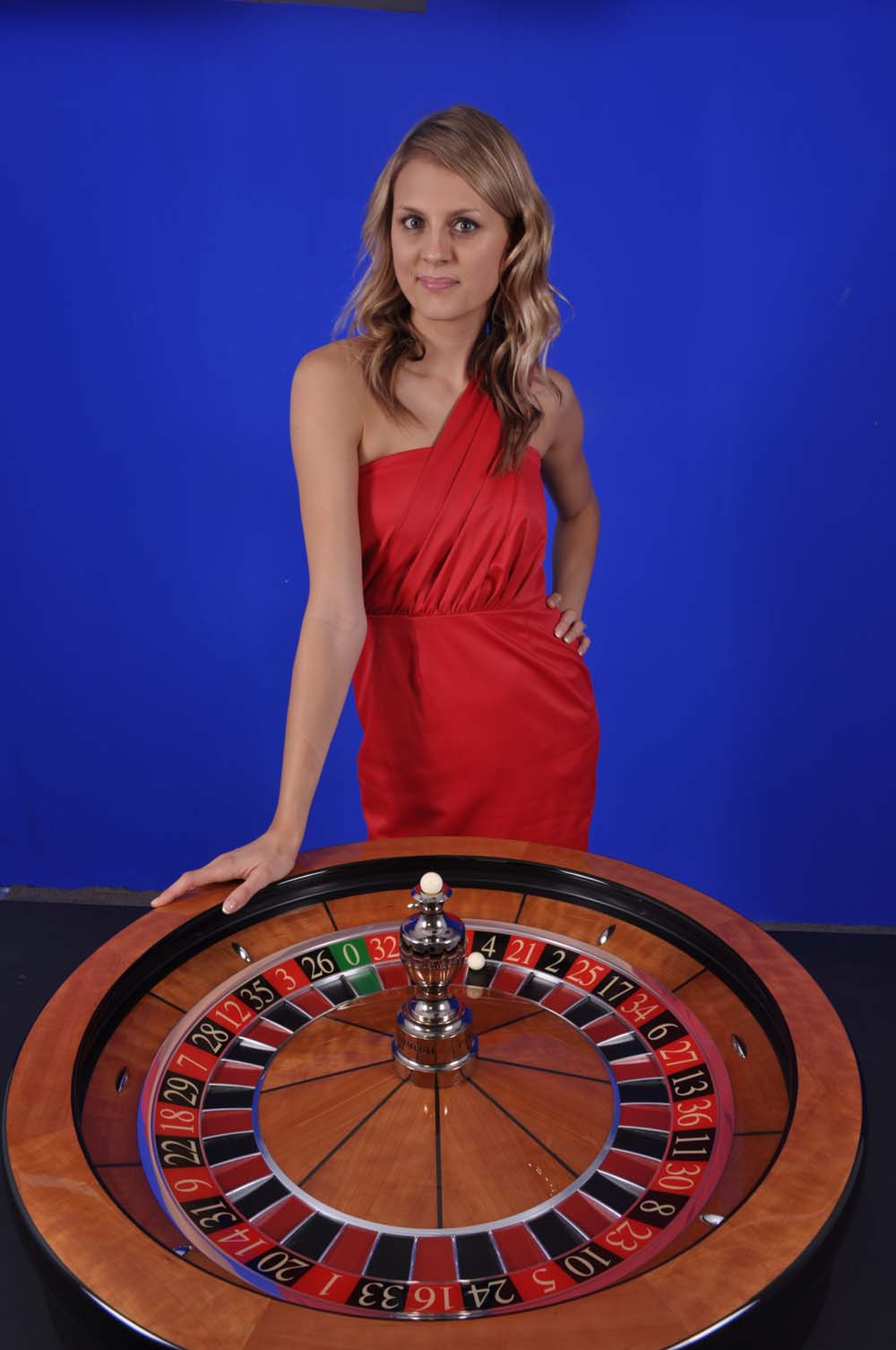 GuruPlay dealer - Laura 4